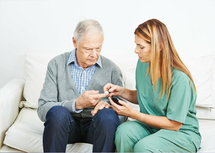 Soins-infirmiers-pour-les-personnes-atteintes-de-diabète